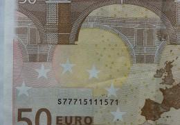 BANCONOTE IN EURO NON COMUNI – Pari, dispari e altro ancora.