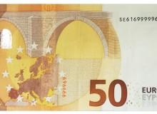 """50 € serie """"Europa"""" della Banca d'Italia con solo tre cifre e stesso numero ripetuto cinque volte consecutivamente."""