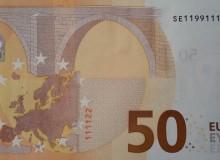 Altra bella banconota da 50 € con serie composta solo da tre cifre (1,2 e 9). Sono presenti tre coppie ed un poker numerici.