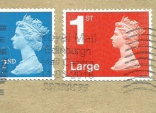 Provate a staccare questi francobolli...
