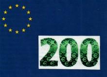 """Il numero di colore cangiante sulla banconota da 200 € serie """"Europa""""."""
