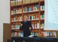 """L'Ing. Fabrizio BARBIERI mentre tiene la sua """"lectio magistralis""""..."""