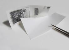 ...separare i due fogli e quello adesivo con il codice a barre...