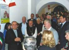 Il vescovo Mons. Loppa accenna alle opere spirituali del Santo Padre.