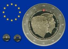 """OLANDA 2014 - 2 euro commemorativo """"Nuovo Re ed ex-Regina""""; le tre varianti di colore della corona.."""