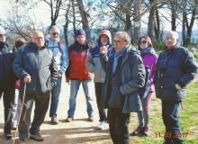 Il Dr. Giulio ROSSI accoglie gli escursionisti.