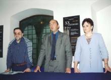 Il Vice-Sindaco di Alatri dr. Fabio Di Fabio (al centro) con Colombina Giovannetti e Vincenzo Marocco salutano ...        Marocco Salutano gli intervenuti.