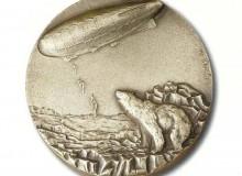 """1987 - Si può ammirare anche la medaglia del 1986 """"60° anniv. primo volo transpolare  Roma-Teller"""" e..."""