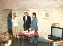 1987 - Un altro momento della presentazione della medaglia.